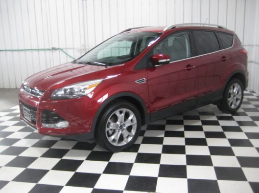 2015 Ford Escape Ruby Red 004
